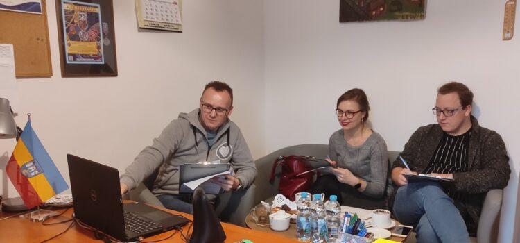 """Wyniki 38. Prezentacji Piosenki Dziecięcej i Młodzieżowej """"KOLOROWY MIKROFON"""" – edycja online"""